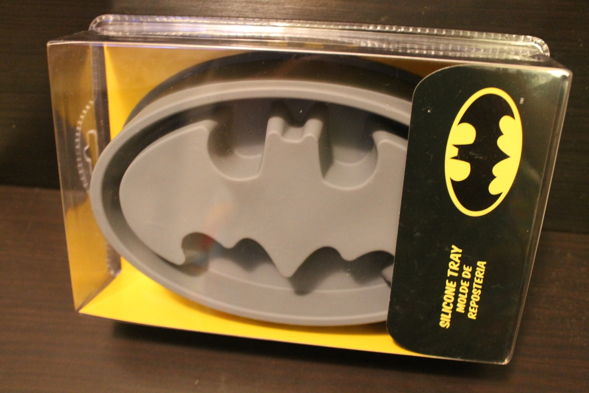 Review: Batman Silicone Tray by SD Toys
