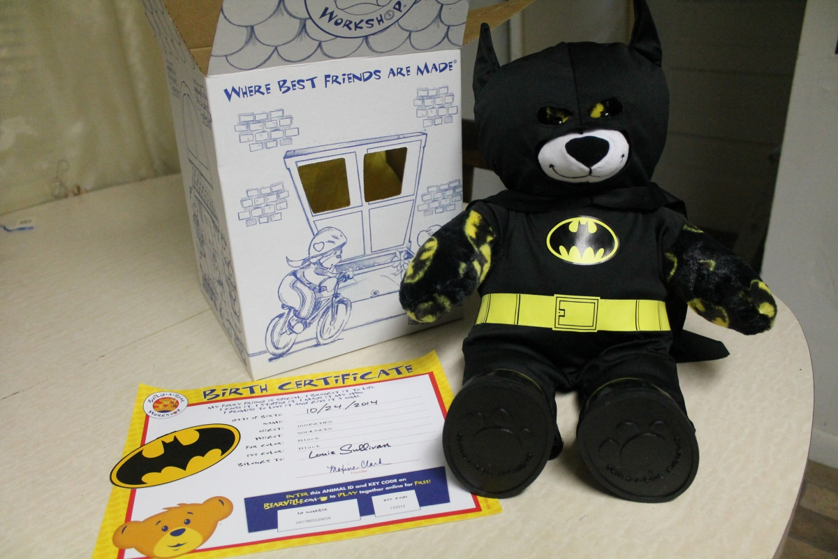 "Build-A-Bear Workshop's 16"" Batman Bear Review!"