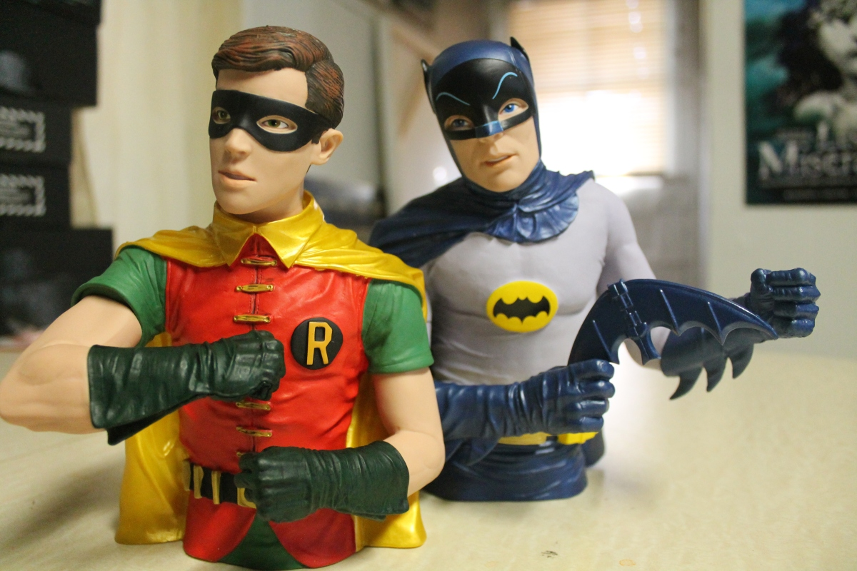 Batman Classic TV Series Batman and Robin Vinyl Bust Banks Review