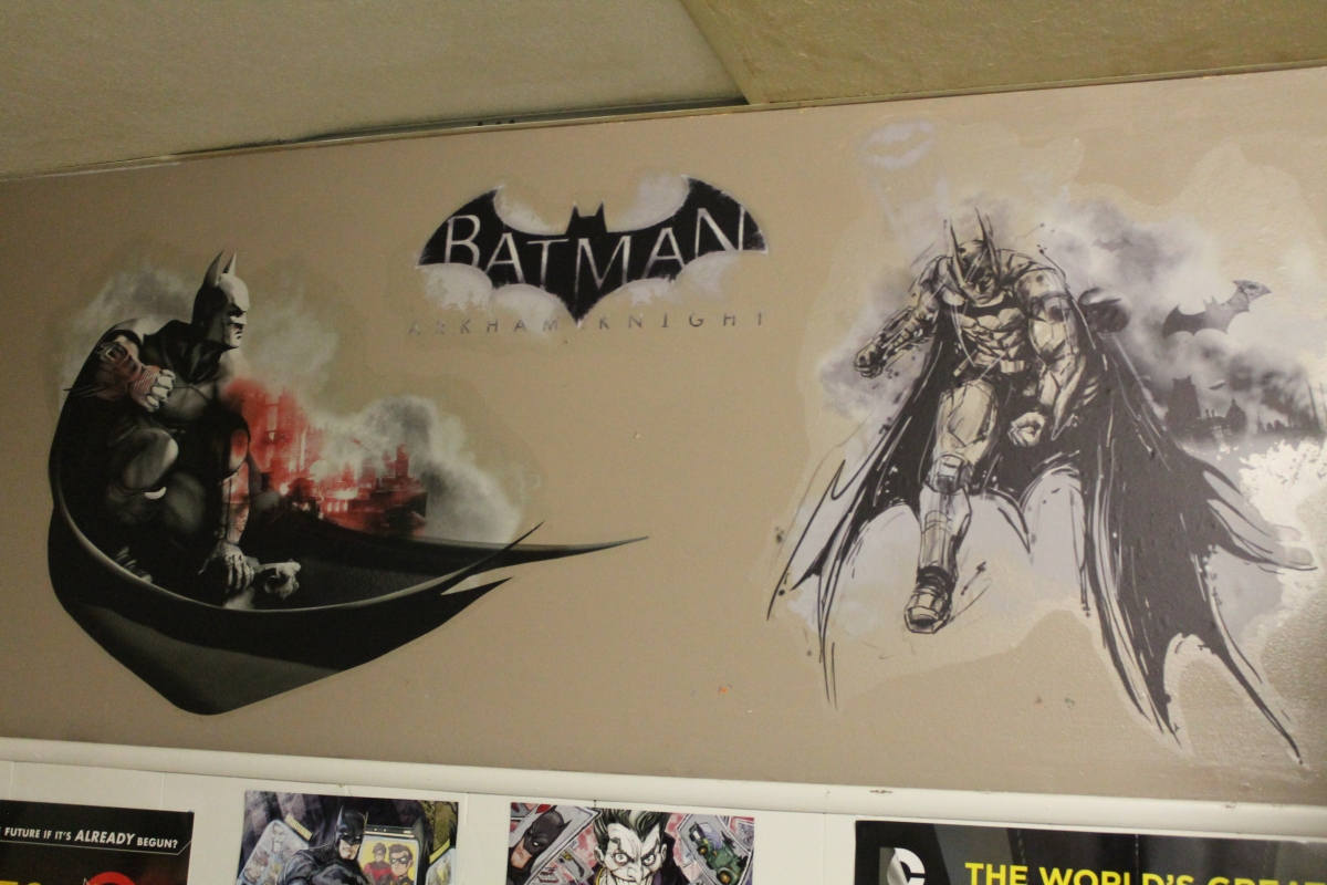 Show Your Arkham Side With RoomMates' Arkham Knight and Arkham City Wall Graphics!